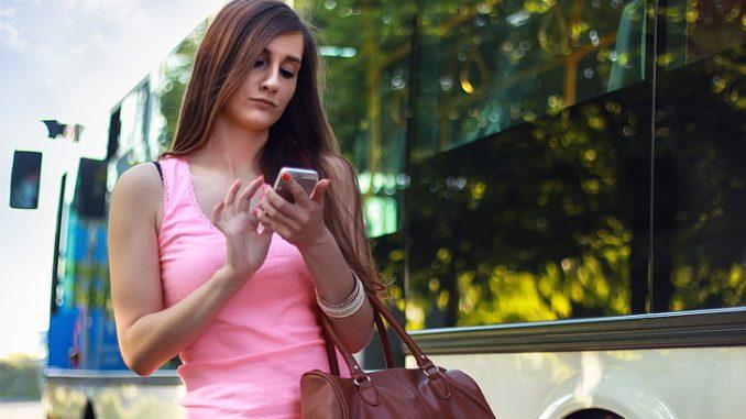 Combien gagnent les opérateurs du sexe par téléphone